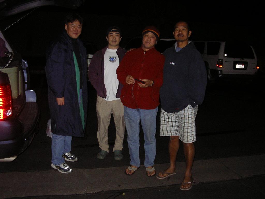 02-08-08 出港前夜 船上で宴会後船のバンクでお泊り